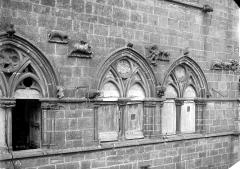 Maison du Grand Veneur - Fenêtres du 2e étage