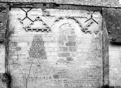 Eglise du cimetière (église Saint-Léger du Vieux-Bourg) - Façade nord : Appareil du mur