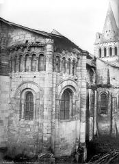 Eglise Notre-Dame de Cunault - Chapelle de l'abside et clocher, côté nord-est