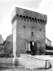 Porte de ville - Vue d'ensemble extra-muros