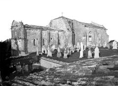 Eglise Saint-Pierre - Ensemble sud et cimetière