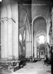 Eglise Notre-Dame (ancienne cathédrale) - Vue intérieure du bas-côté nord