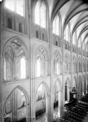 Collégiale Notre-Dame et Saint-Laurent - Vue intérieure de la nef : Elévation, côté sud