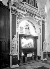 Collège de la Ville - Chapelle : Tombeau de Catherine de Clèves