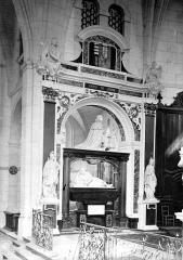 Collège de la Ville - Chapelle : Tombeau d'Henri de Guise