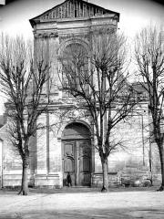 Ancienne abbaye Saint-Taurin - Façade ouest