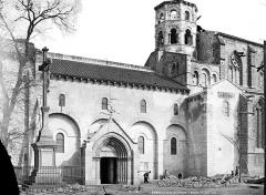 Eglise Saint-Victor-et-Sainte-Couronne - Façade sud