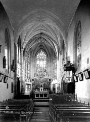 Eglise Saint-Jacques-le-Majeur et Saint-Jean-Baptiste - Vue intérieure de la nef vers le choeur
