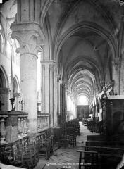 Eglise Saint-Pierre Saint-Paul - Vue intérieure du bas-côté nord, vers l'ouest