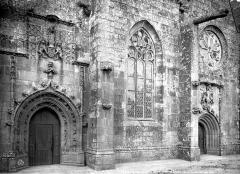 Eglise Notre-Dame - Façade sud : Portes et fenêtre
