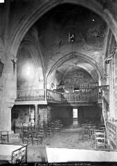 Eglise Saint-Blaise - Vue intérieure de la nef vers l'entrée