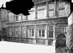 Maison Renaissance - Façade sur la 2e cour