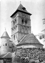 Eglise Saint-Rémi - Clocher et toiture de l'abside, côté sud-est