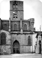 Ancienne cathédrale, actuelle église paroissiale Saint-Fulcran - Façade nord : Clocher et portail