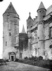 Château et son enceinte - Logis Royal : Tour d'Agnès Sorel et Aile de Charles VII