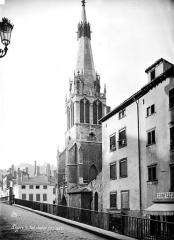 Eglise Saint-Paul - Clocher, côté sud-ouest