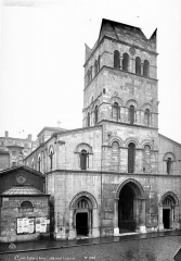 Eglise Saint-Martin-d'Ainay - Façade ouest
