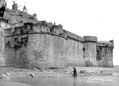 Remparts, enceinte de la ville et ses dépendances - Enceinte de la ville, côté sud-est