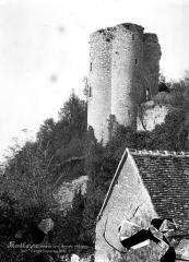 Site castral de Montbazon - Tour d'angle