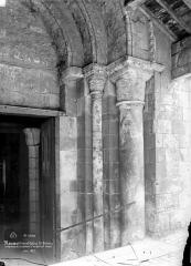 Eglise Saint-Etienne - Portail de la façade ouest : ébrasement droit