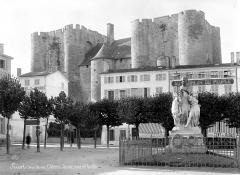 Château de Niort - Ensemble, côté ville