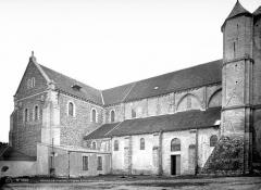 Abbaye - Eglise : façade sud