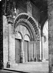 Eglise Sainte-Marie - Portail de la façade ouest
