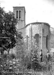 Eglise Sainte-Croix - Abside et clocher, côté est