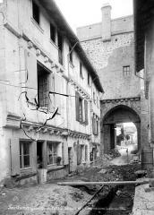 Remparts - Porte Saint-Jacques : Côté ville