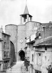 Remparts - Porte de l'Horloge : Côté ville