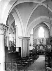 Eglise Saint-Germain-de-Charonne - Vue intérieure de la nef, vers le nord-est