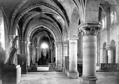 Eglise Saint-Julien-le-Pauvre - Vue intérieure du bas-côté nord, vers l'est