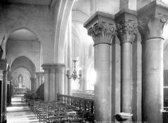 Eglise Saint-Pierre-de-Montmartre - Vue intérieure du bas-côté nord, vers le sud-est