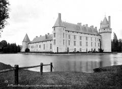 Château du Plessis-Bourré - Ensemble sud-ouest