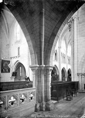 Eglise Saint-Aubin - Vue intérieure du bas-côté nord, vers le sud-ouest