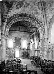 Ancienne léproserie de Saint-Julien-le-Chartreux - Vue intérieure de la nef, vers l'entrée