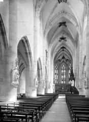 Eglise de Rembercourt - Vue intérieure de la nef, vers le choeur