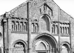 Eglise Saint-André - Façade ouest : partie supérieure