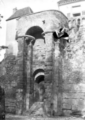 Rempart gallo-romain - Porte du Moyen-Age