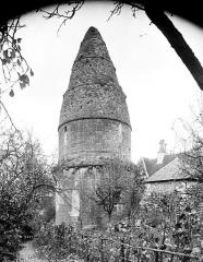 Cimetière Saint-Benoît, enfeux et chapelle sépulcrale - Vue d'ensemble