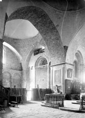 Eglise Saint-Pierre - Vue intérieure du transept nord