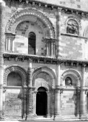 Eglise Notre-Dame - Façade ouest : partie gauche