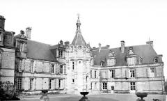 Château - Façades sur cour