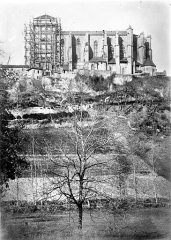Ancienne cathédrale Notre-Dame - Vue générale prise du sud