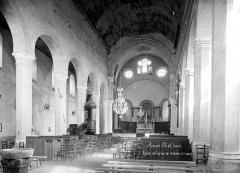 Eglise Saint-Theudère - Vue intérieure de la nef, vers le choeur