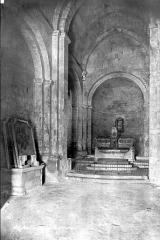 Chapelle et Tour Saint-Gabriel - Vue intérieure de la nef, vers le choeur