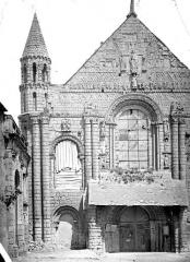 Ancienne abbaye Saint-Jouin - Façade ouest