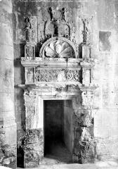Eglise paroissiale Saint-Just - Porte du clocher