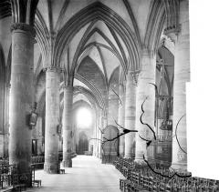 Eglise Notre-Dame - Vue intérieure du bas-côté sud
