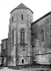 Eglise Saint-Sauveur-et-Saint-Martin - Façade nord : tour